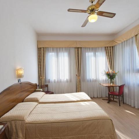 Hotel Cristallo - Lido di Venezia